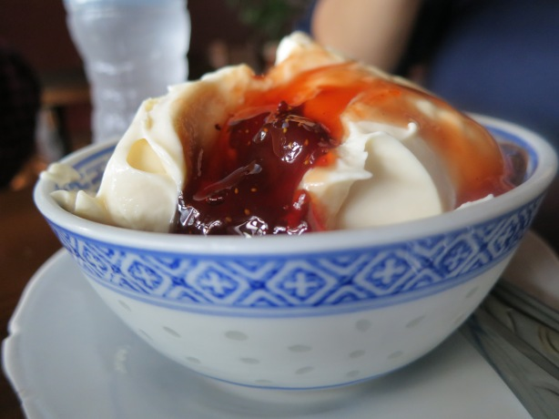 Yogurt with Bananas and Strawberry Preserves